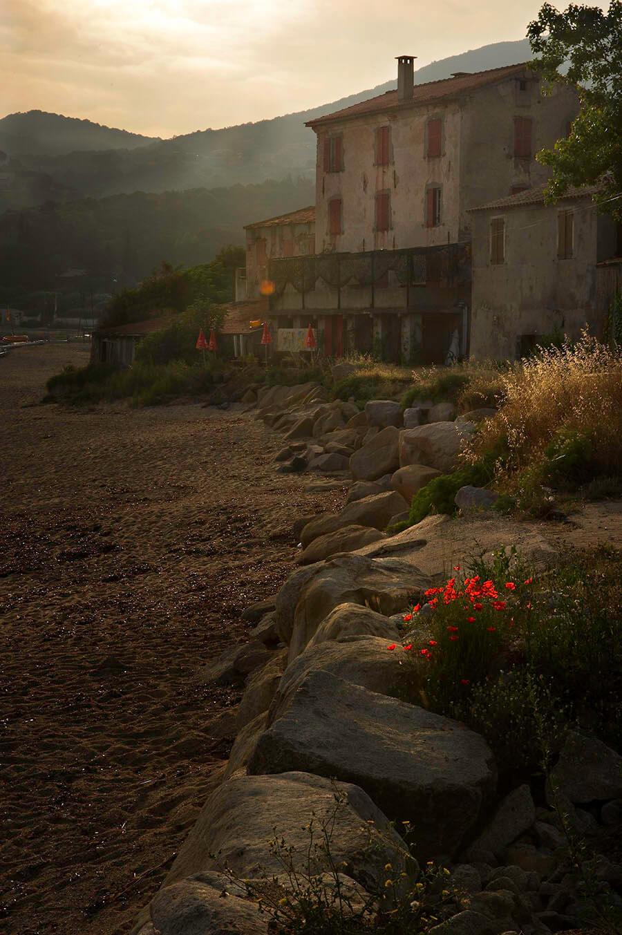 U Castellu Beach view old house